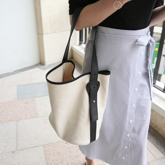 627978 - Celine canvas bag