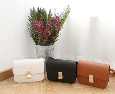 643538 - Celine classic bag