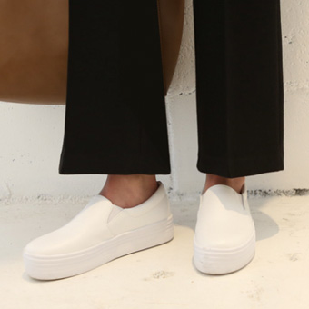 646760 - Wide slip-on shoes