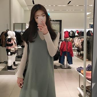 648199 - Hand-stitched dress