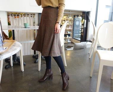 649398 - Hound wool skirt