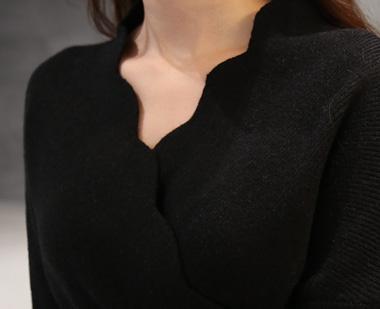 650994 - Wave black dress
