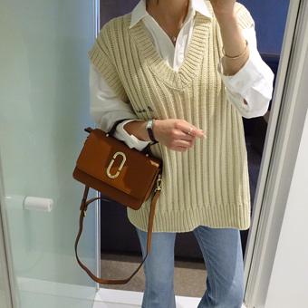 654232 - Marion lettering vest