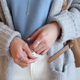 653704 - Silver ring ring ring
