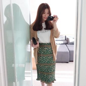 657143 - It leaves pleated skirt