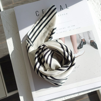 663674 - Sha Tin scarf