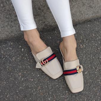 666540 - Slipper shoes shoes