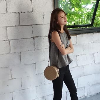 706918 - Ratan tambourine bag