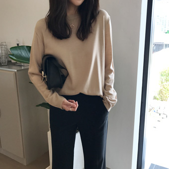 722347 - Search Round Knit