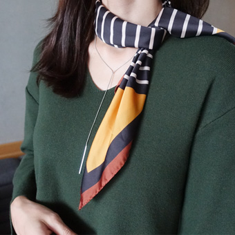 725407 - Finger stripe scarf