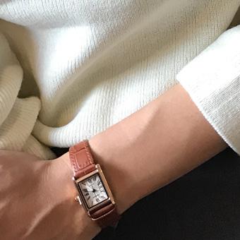 726499 - Classic rare watch