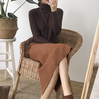 734021 - Back slit corrugated skirt