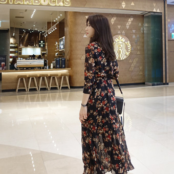 745806 - Mod wrinkled long dress