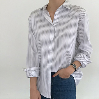 748261 - Paul and striped shirt