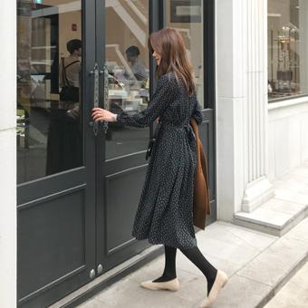 749019 - Jadot black dress