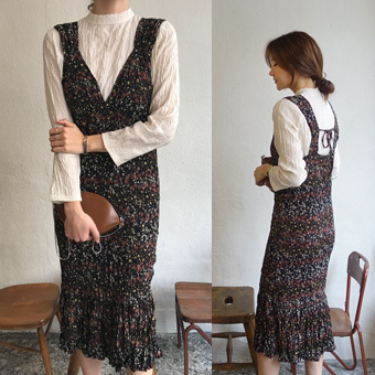 749419 - Ribbon backplane dress