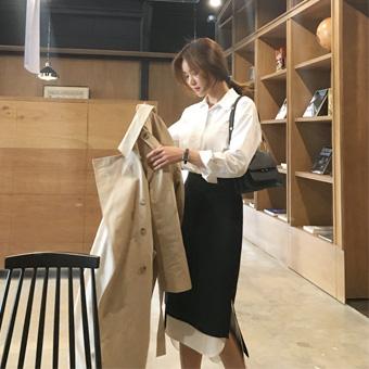 752729 - White and black skirt