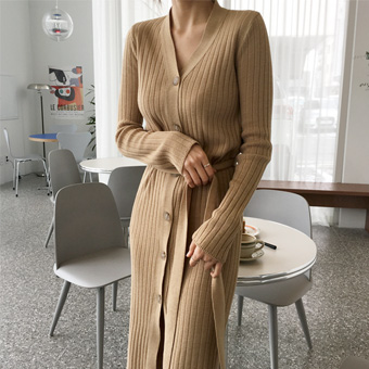 752509 - Button long corduroy dress