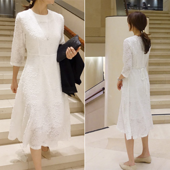 752592 - Feminine lace dress