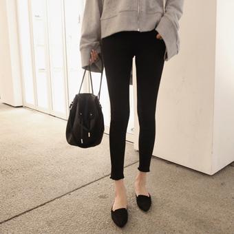 753169 - Hot black span pants