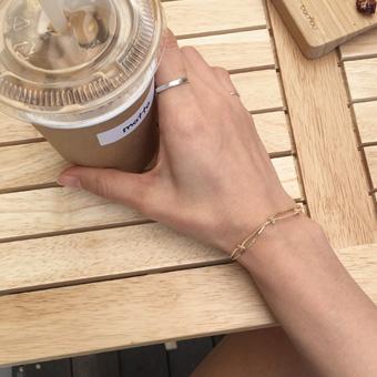 754805 - Dove bracelet