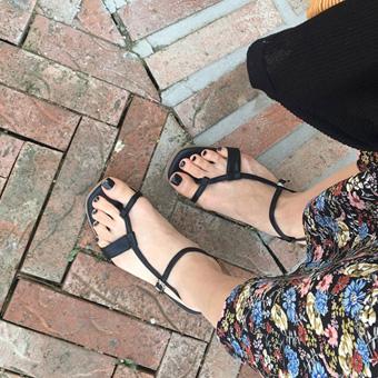 755182 - Sun kiss flap shoes