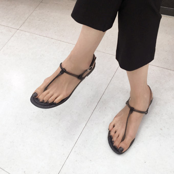 755563 - Skin flap shoes